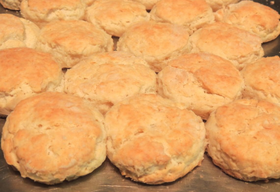 sourcream biscuits pan