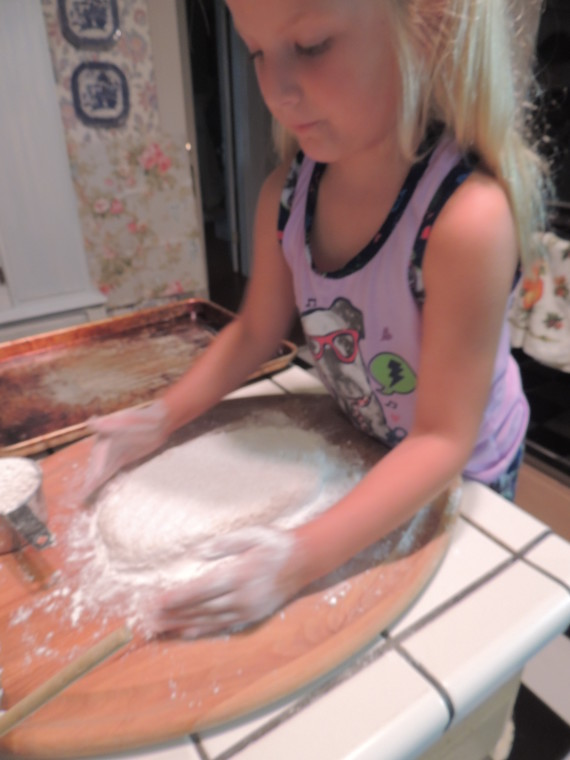Stella working dough