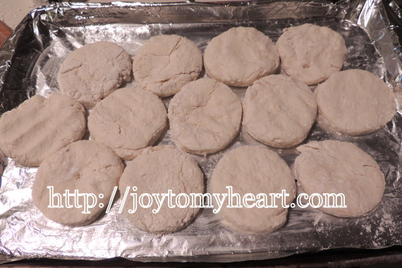 buttermilk biscuits tray