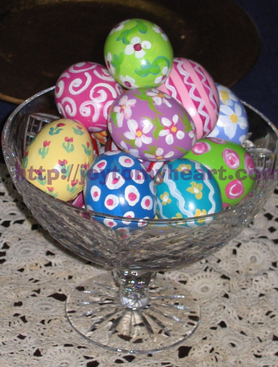 A Bowl of easter eggs