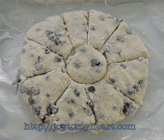 blueberry scones cut