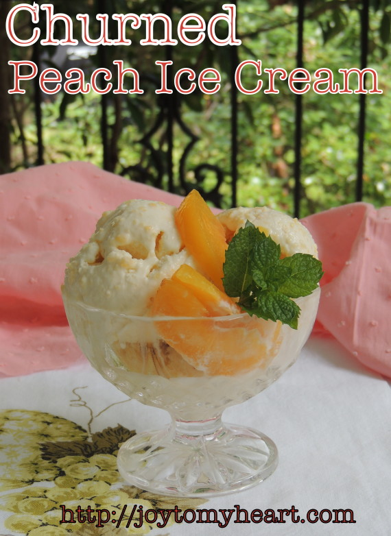 churned peach icecream1