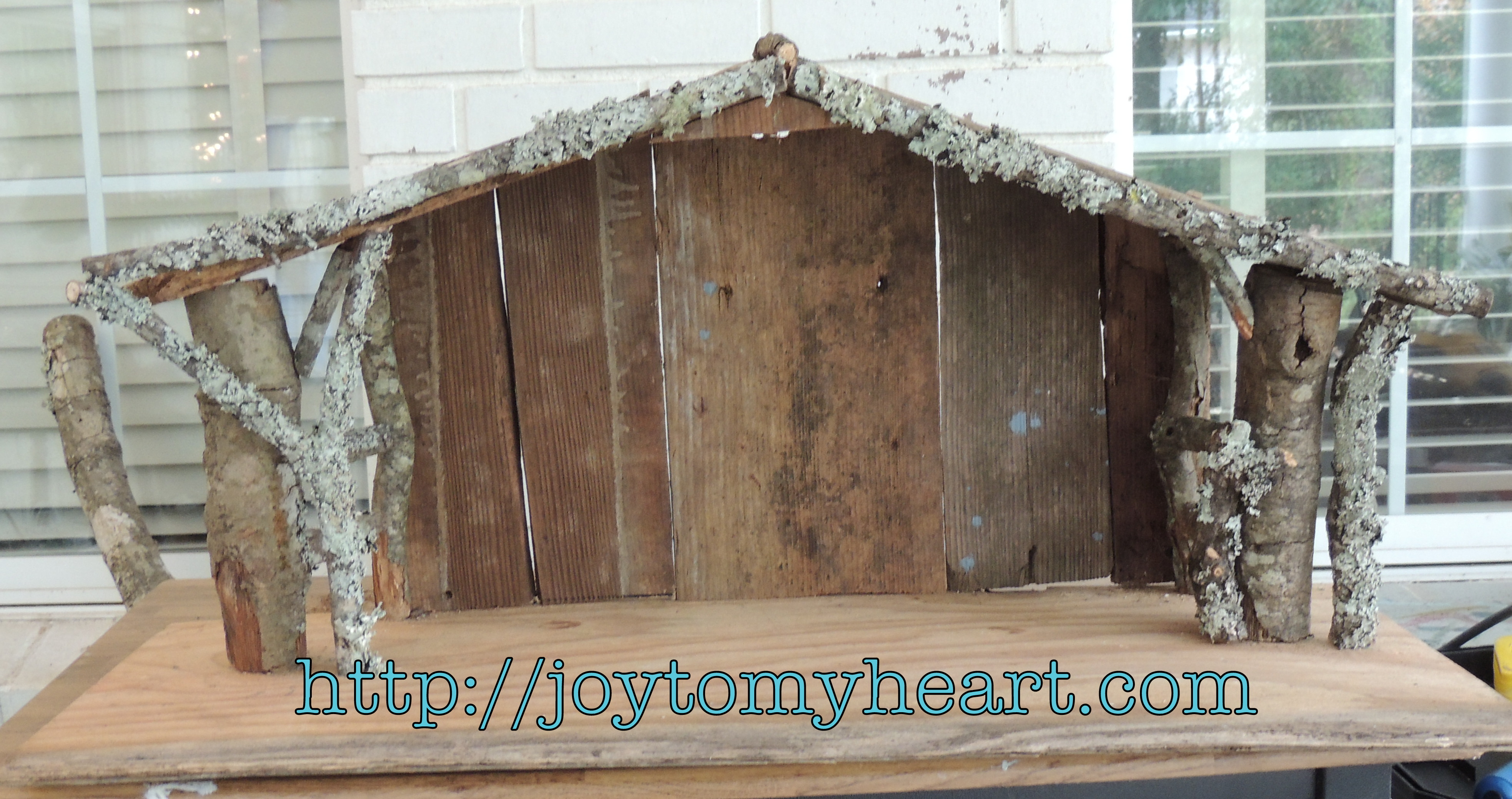 Building a nativity creche for Builders to build a house