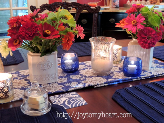 summer tablescape zinnia