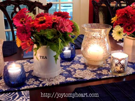 summer tablescape zinnias