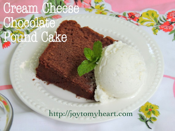 cream cheese chocolate pound cake3
