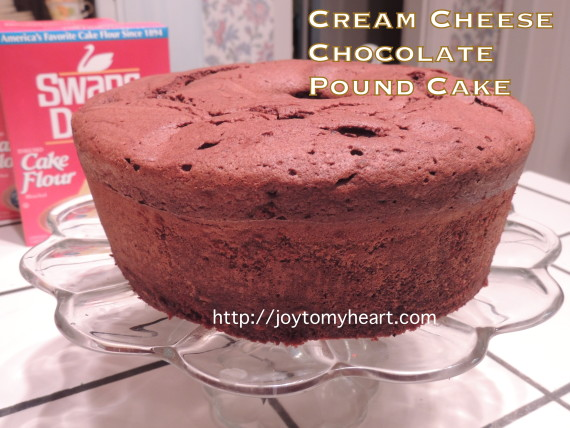 cream cheese chocolate pound cake4