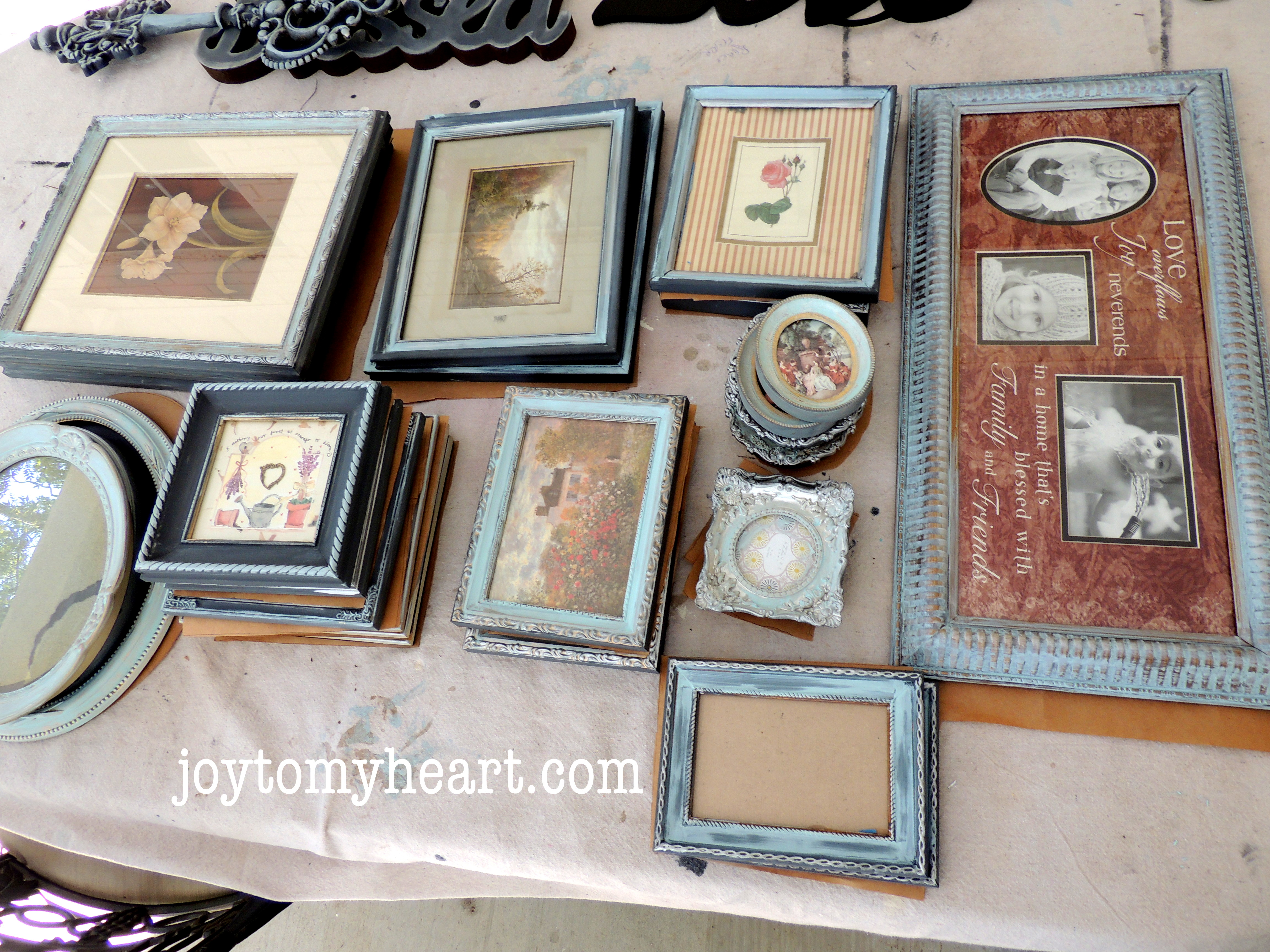 Designer Photo Gallery on a Budget - Page 2 of 2 - Joy To My Heart